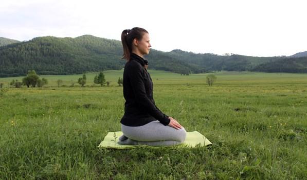 Что такое Медитация, медитативные асаны